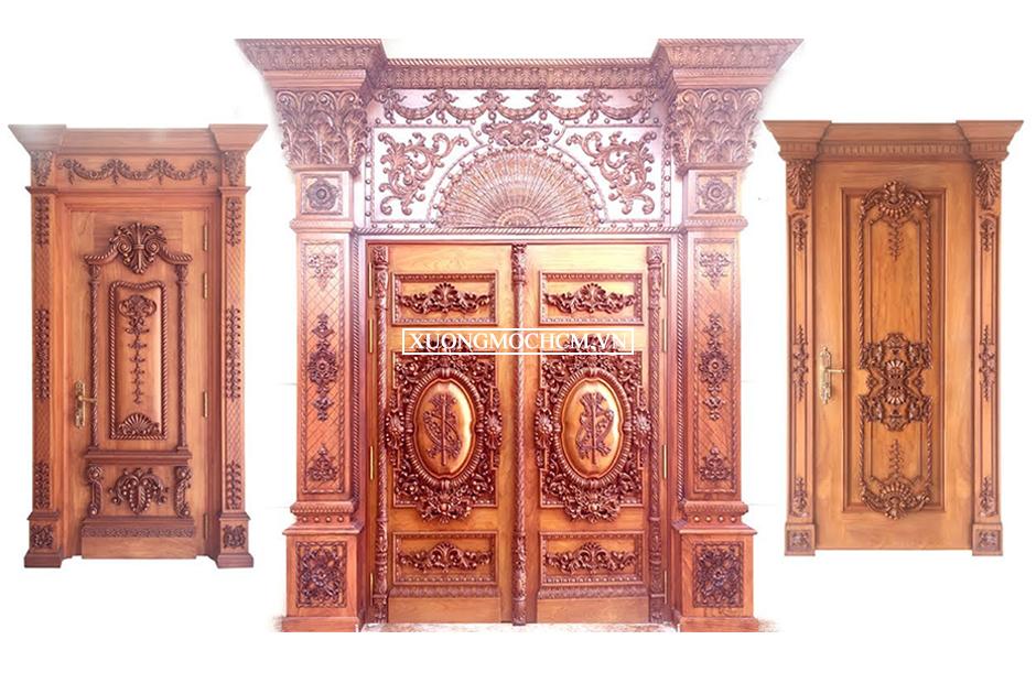 Đóng cửa gỗ mặt tiền đẹp tại TP HCM