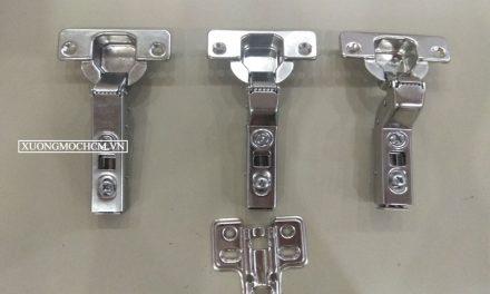 Cách lắp bản lề giảm chấn cho tủ bếp và tủ áo
