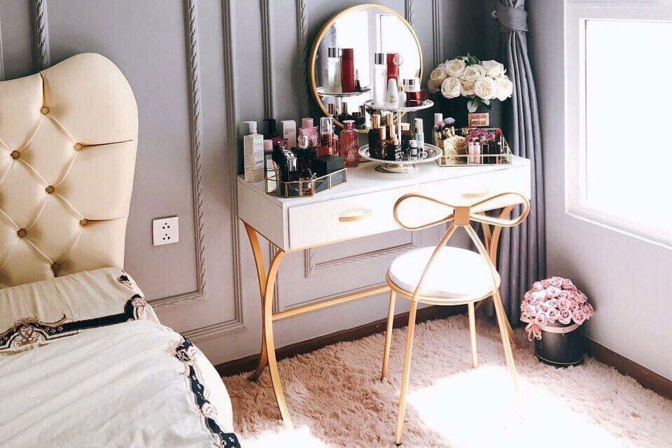 Mẫu ghế bàn trang điểm đẹp